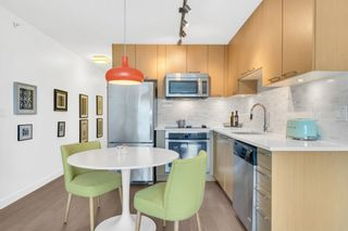 """Photo 6: 402 688 E 18TH Avenue in Vancouver: Fraser VE Condo for sale in """"THE GEM"""" (Vancouver East)  : MLS®# R2448205"""