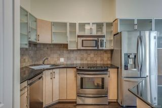 Photo 10: 402 845 Yates St in Victoria: Vi Downtown Condo for sale : MLS®# 844824