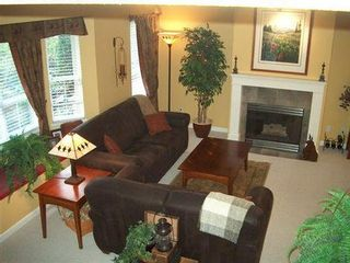 Photo 2: Show Home Condition 3 Level Townhome