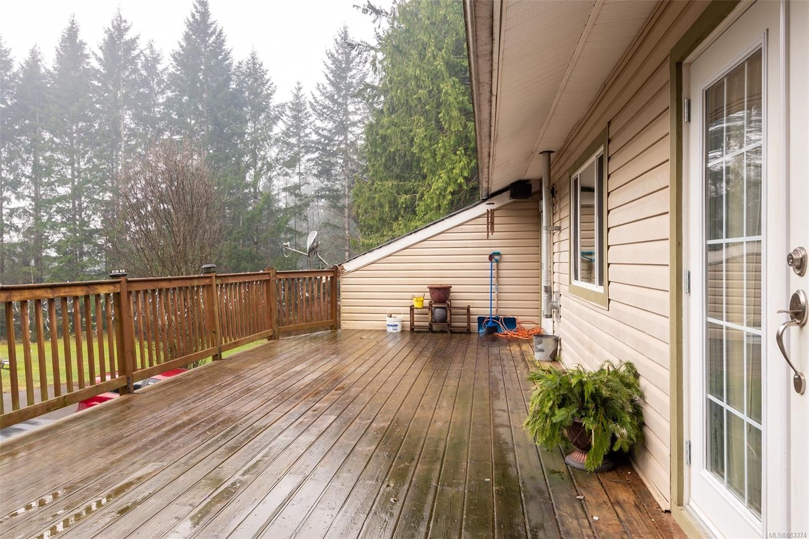 Photo 10: Photos: 572 Sabre Rd in : NI Kelsey Bay/Sayward House for sale (North Island)  : MLS®# 863374