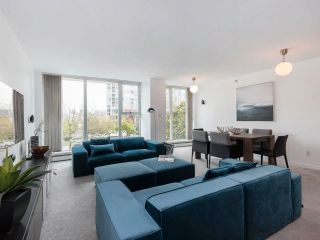 Photo 3: 305 1009 EXPO BOULEVARD in Vancouver: Yaletown Condo for sale (Vancouver West)  : MLS®# R2575432