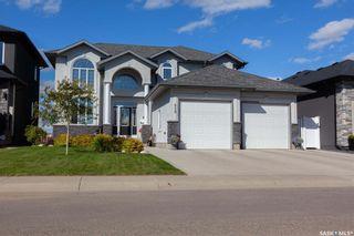 Photo 1: 818 Ledingham Crescent in Saskatoon: Rosewood Residential for sale : MLS®# SK808141