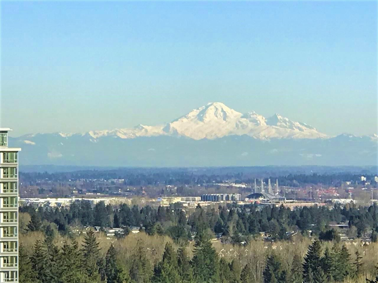 Main Photo: 3602 2975 ATLANTIC AVENUE in Coquitlam: North Coquitlam Condo for sale : MLS®# R2525604