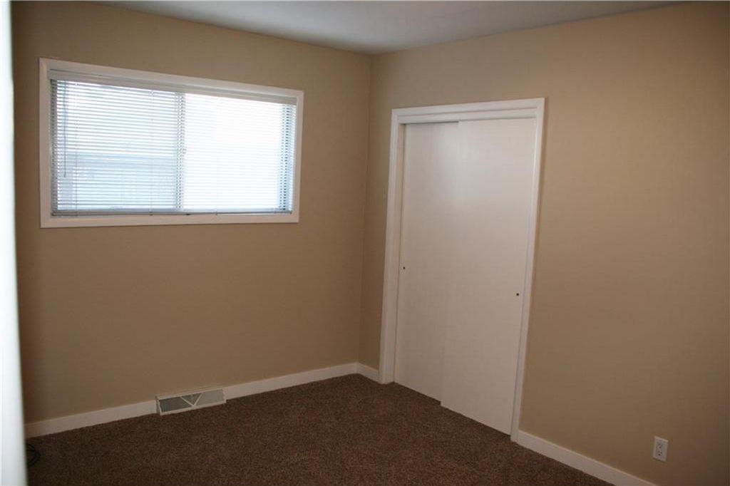 Photo 26: Photos: 5304 & 5306 7 Avenue SW in Calgary: Westgate Multi Unit for sale : MLS®# C4150515