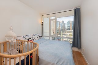 """Photo 9: 1809 161 W GEORGIA Street in Vancouver: Downtown VW Condo for sale in """"COSMO"""" (Vancouver West)  : MLS®# R2624966"""