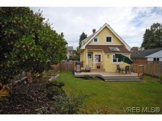 Photo 19: 1044 Redfern St in VICTORIA: Vi Fairfield East House for sale (Victoria)  : MLS®# 518219