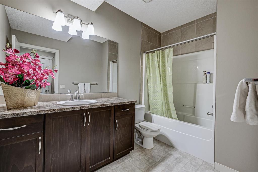 Photo 31: Photos: 200 EVERBROOK Drive SW in Calgary: Evergreen Detached for sale : MLS®# A1102109