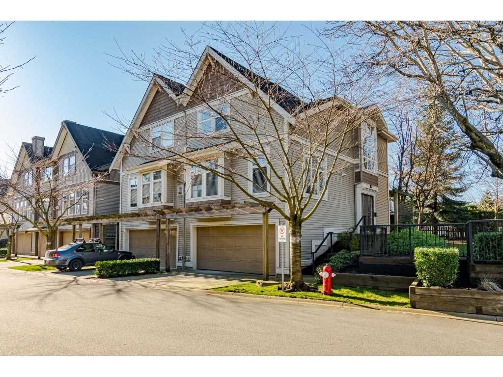 """Main Photo: 5 6588 188 Street in Surrey: Cloverdale BC Townhouse for sale in """"HILLCREST PLACE"""" (Cloverdale)  : MLS®# R2532394"""
