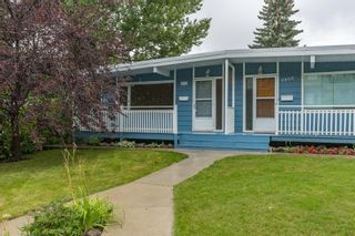 Photo 1: 3811 43 Street SW in Calgary: Glenbrook Semi Detached for sale : MLS®# C4267535