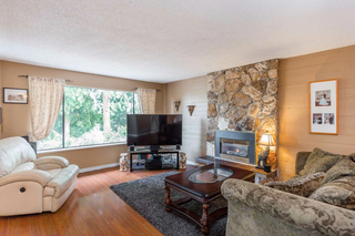 Photo 3: 2997 Surf Crescent: House for sale (Coquitlam)  : MLS®# R2372503