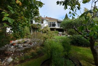 """Photo 33: 491 OCEAN VIEW Drive in Gibsons: Gibsons & Area House for sale in """"Woodcreek Park"""" (Sunshine Coast)  : MLS®# R2624435"""