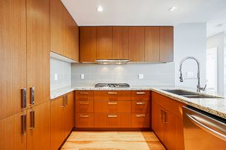"""Photo 6: 2507 1155 THE HIGH Street in Coquitlam: North Coquitlam Condo for sale in """"M1"""" : MLS®# R2341233"""