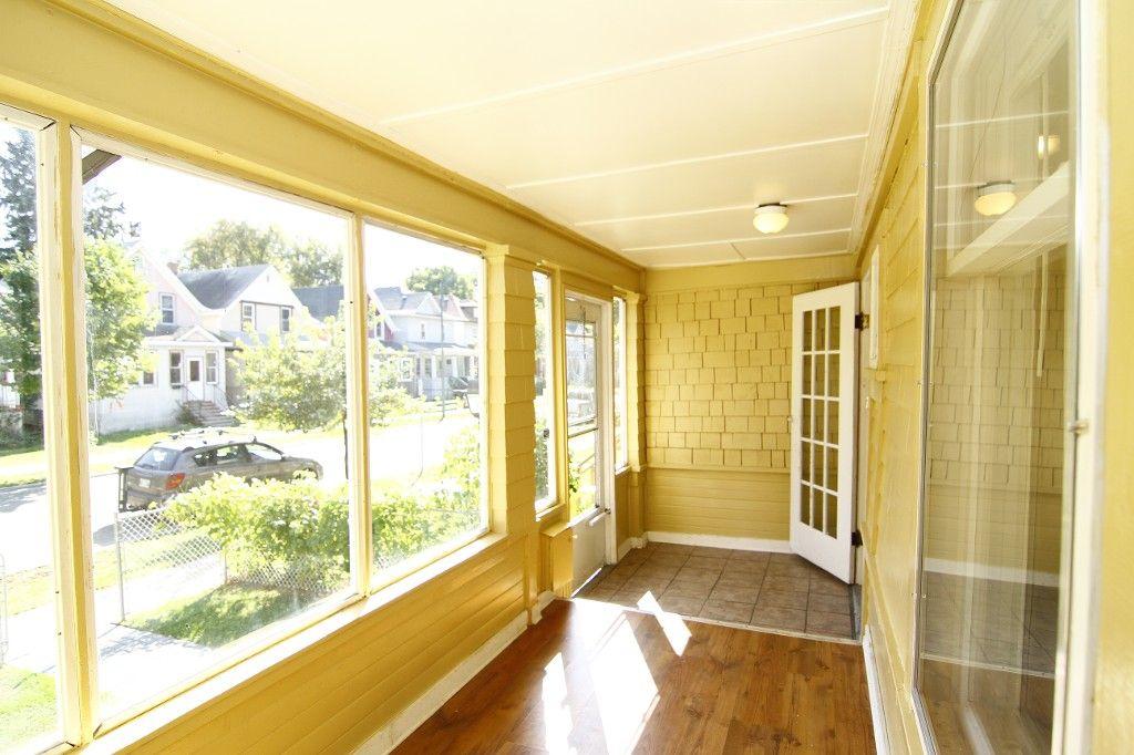Photo 11: Photos: 486 Craig Street in WINNIPEG: WOLSELEY Single Family Detached for sale (West Winnipeg)  : MLS®# 1321472
