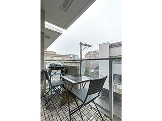"Photo 9: 202 1675 W 8TH Avenue in Vancouver: Fairview VW Condo for sale in ""CAMERA"" (Vancouver West)  : MLS®# V1103959"