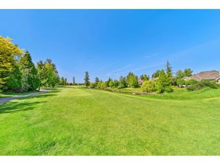 """Photo 40: 15738 34 Avenue in Surrey: Morgan Creek House for sale in """"Carriage Green"""" (South Surrey White Rock)  : MLS®# R2459448"""