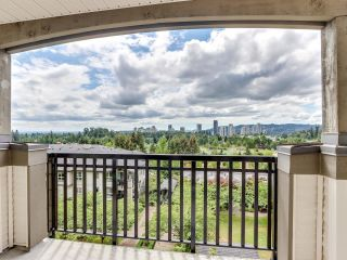 """Photo 16: 317 3082 DAYANEE SPRINGS Boulevard in Coquitlam: Westwood Plateau Condo for sale in """"The Lanterns"""" : MLS®# R2616558"""