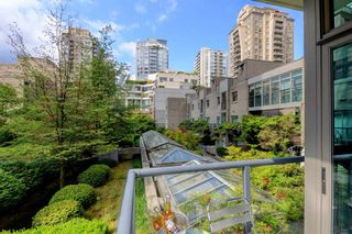Photo 16: 201 928 RICHARDS STREET in Vancouver: Yaletown Condo for sale (Vancouver West)  : MLS®# R2281574