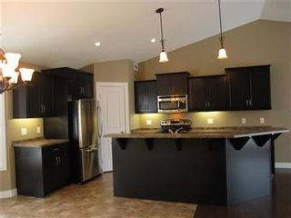 Photo 2: 419 Faldo Crescent: Warman Single Family Dwelling for sale (Saskatoon NW)  : MLS®# 385015