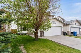 Photo 2: 319 Eldorado Place NE in Calgary: Monterey Park Detached for sale : MLS®# A1114122