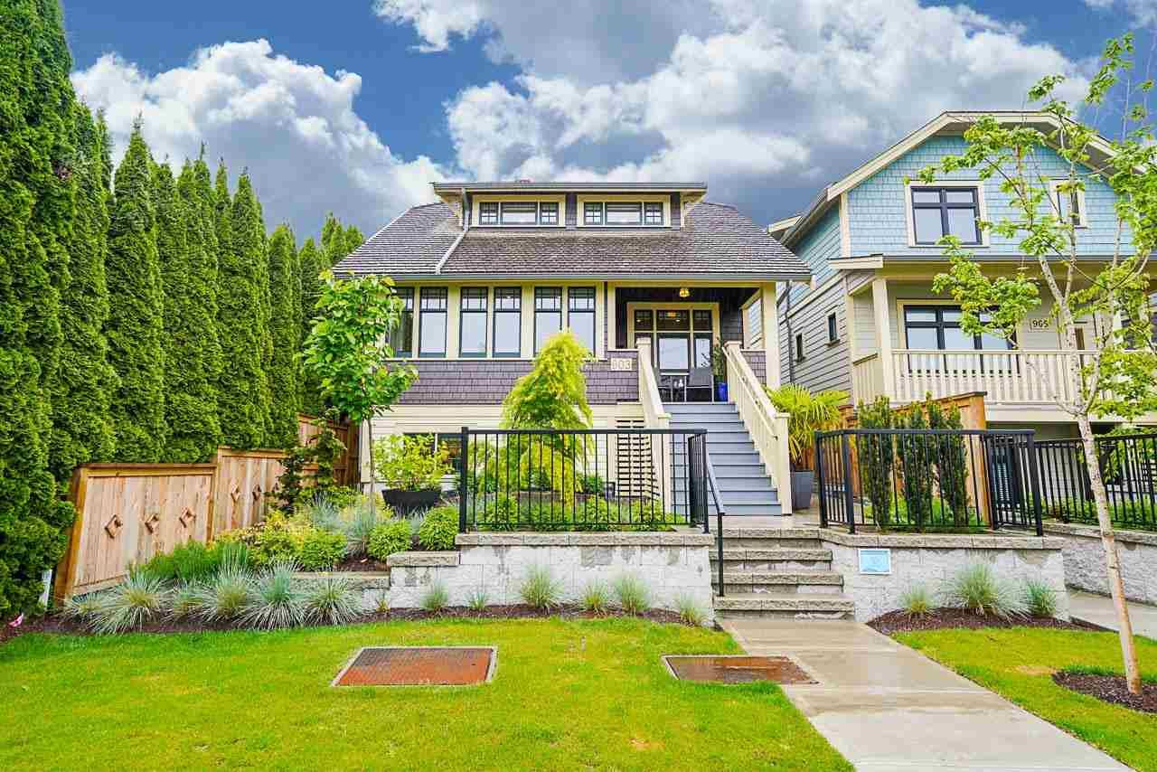 """Main Photo: 903 WALLS Avenue in Coquitlam: Maillardville House for sale in """"ALSBURY MUNDY"""" : MLS®# R2585242"""