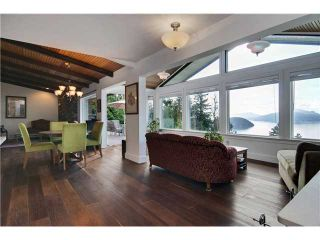 """Photo 2: 440 TIMBERTOP Drive: Lions Bay House for sale in """"LIONS BAY"""" (West Vancouver)  : MLS®# V939444"""