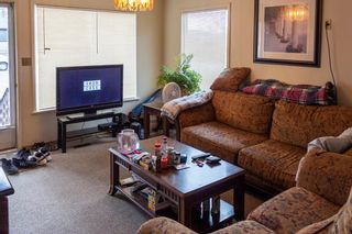 Photo 10: 901 42 Street SE in Calgary: Forest Lawn Detached for sale : MLS®# A1083425