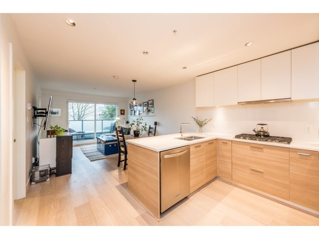 """Main Photo: 301 3456 COMMERCIAL Street in Vancouver: Victoria VE Condo for sale in """"MERCER"""" (Vancouver East)  : MLS®# R2233963"""