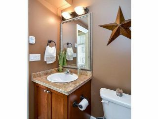 """Photo 10: 18 6238 192ND Street in Surrey: Cloverdale BC Townhouse for sale in """"BAKERVIEW TERRACE"""" (Cloverdale)  : MLS®# F1420554"""