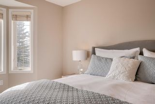 Photo 15: 52 100 Signature Way SW in Calgary: Signal Hill Semi Detached for sale : MLS®# A1100038