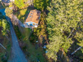 Photo 2: 4460 MCLINTOCK Road in Madeira Park: Pender Harbour Egmont House for sale (Sunshine Coast)  : MLS®# R2625189