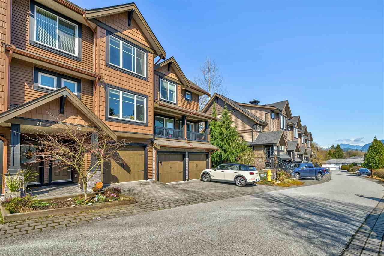 "Main Photo: 10 22206 124 Avenue in Maple Ridge: West Central Townhouse for sale in ""Copperstone Ridge"" : MLS®# R2562378"