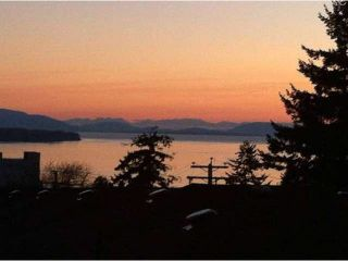 """Photo 1: 307 1368 FOSTER Street: White Rock Condo for sale in """"KINGFISHER"""" (South Surrey White Rock)  : MLS®# F1435155"""