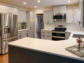 Photo 9: 137 Olympiad Avenue in Bridgewater: 405-Lunenburg County Residential for sale (South Shore)  : MLS®# 202122353