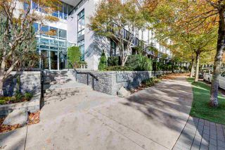 """Photo 2: 3002 583 BEACH Crescent in Vancouver: Yaletown Condo for sale in """"PARK WEST II"""" (Vancouver West)  : MLS®# R2593385"""