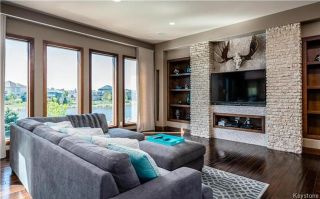 Photo 4: 24 Eastoak Drive in Winnipeg: Royalwood Residential for sale (2J)  : MLS®# 1713989