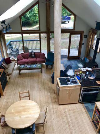 "Photo 14: 106 DARK HORSE Road: Saturna Island House for sale in ""David Elford Holdings Co"" (Islands-Van. & Gulf)  : MLS®# R2407736"