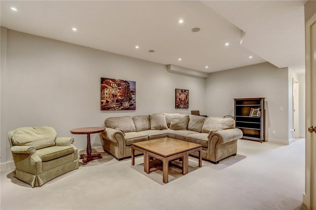 Photo 37: Photos: 3909 19 Street SW in Calgary: Altadore House for sale : MLS®# C4122880