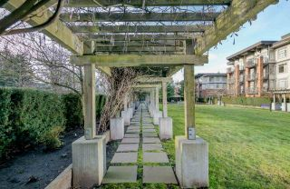 """Photo 16: 212 2280 WESBROOK Mall in Vancouver: University VW Condo for sale in """"KEATS HALL"""" (Vancouver West)  : MLS®# R2275329"""