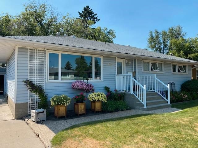 FEATURED LISTING: 4318 53A Street Wetaskiwin