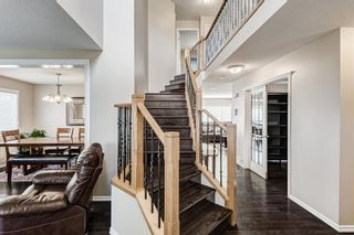 Photo 2: 7879 Wentworth Drive SW in Calgary: West Springs Detached for sale : MLS®# A1128251