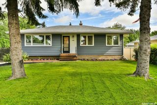 Photo 1: 118 Upland Drive in Regina: Uplands Residential for sale : MLS®# SK862938