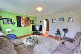 Photo 2: 655 4th Street East in Prince Albert: East Flat Residential for sale : MLS®# SK872073