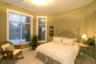 Photo 12: 2114 Lillooet Crescent in Kelowna: Other for sale : MLS®# 10003319