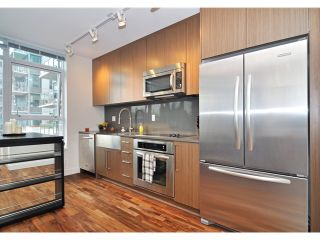 Photo 4: # 511 250 E 6TH AV in Vancouver: Mount Pleasant VE Condo for sale (Vancouver East)  : MLS®# V976257