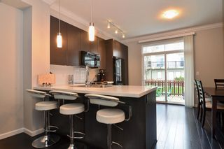 """Photo 5: 120 19505 68A Avenue in Surrey: Clayton Townhouse for sale in """"CLAYTON RISE"""" (Cloverdale)  : MLS®# R2014295"""
