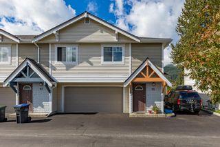 "Photo 3: 95 1821 WILLOW Crescent in Squamish: Garibaldi Estates Townhouse for sale in ""Willow Village"" : MLS®# R2620539"