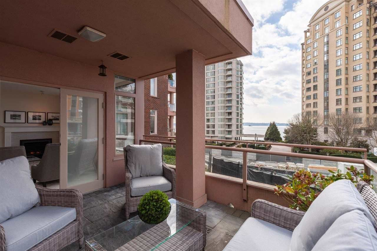 """Main Photo: 309 - 2271 BELLEVUE Avenue in West Vancouver: Dundarave Condo for sale in """"THE ROSEMONT"""" : MLS®# R2615793"""