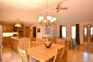 Photo 10: 35062 Dugald Road in : Anola Single Family Detached for sale (RM Springfield)  : MLS®# 1315594