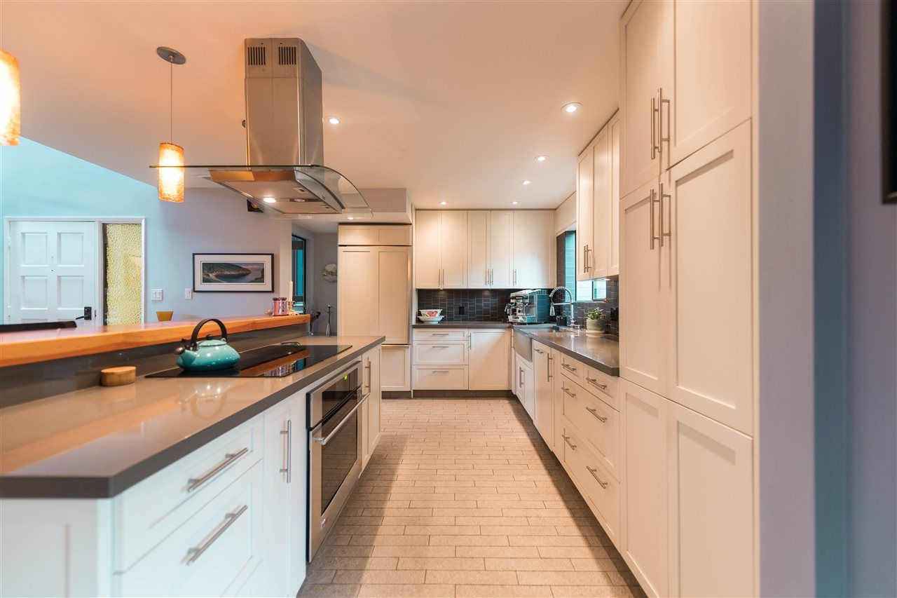 """Main Photo: 4304 NAUGHTON Avenue in North Vancouver: Deep Cove Townhouse for sale in """"COVE GARDEN TOWNHOUSES"""" : MLS®# R2179628"""