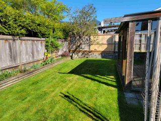 Photo 11: 15 767 NORTH Road in Gibsons: Gibsons & Area Townhouse for sale (Sunshine Coast)  : MLS®# R2569551